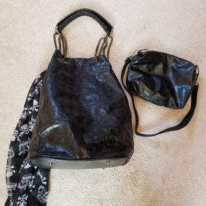 Faux leather bucket style handback